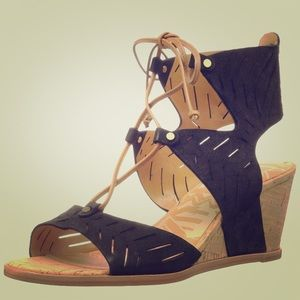 Dolce Vita Women's Langly Wedge Sandal